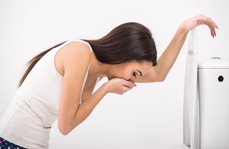 Тошнота - возможный побочный эффект
