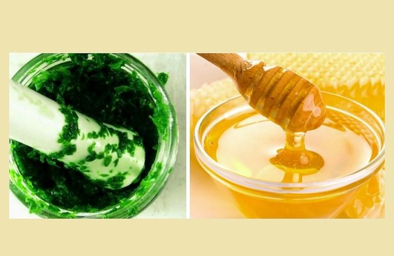 Маска для лица из петрушки и меда